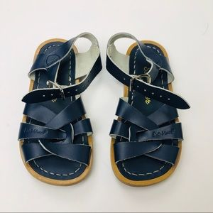 Salt Water Sandals Navy Kid's Size 9 EUC Buckle
